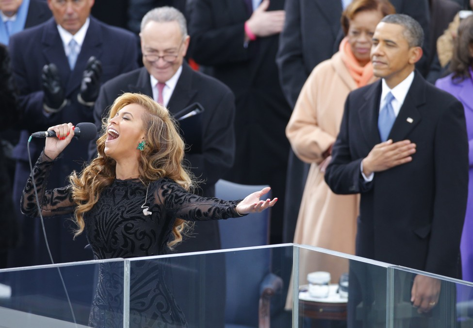 reuters_us_obama_beyonce_21Jan13-975x675