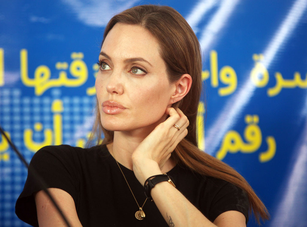 rs_1024x759-130620163136-1024.AngelinaJolie.mh.062013