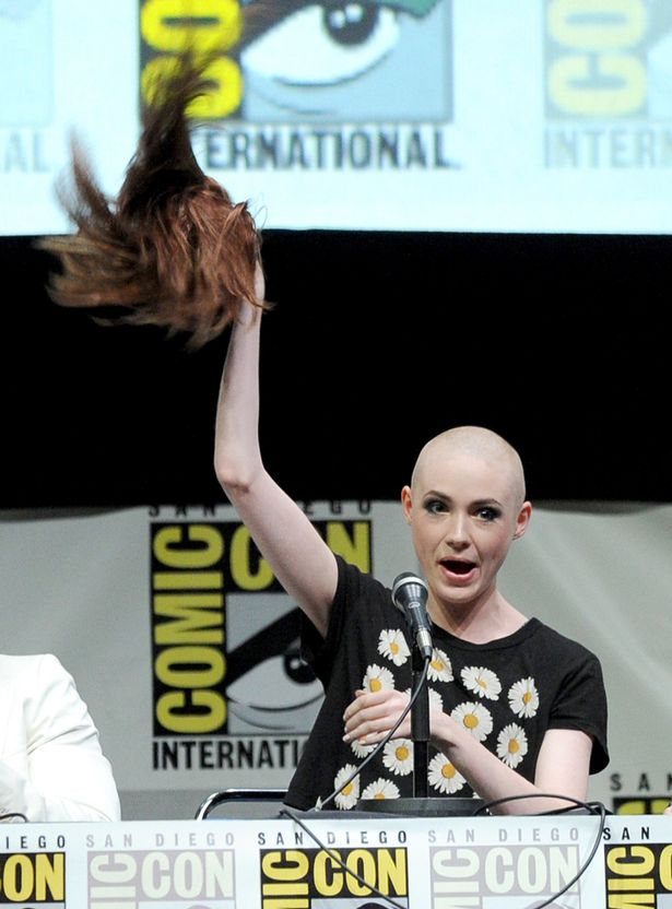 Karen-Gillan-at-Marvel-Studios-Guardians-of-the-Galaxy-conference-2071423