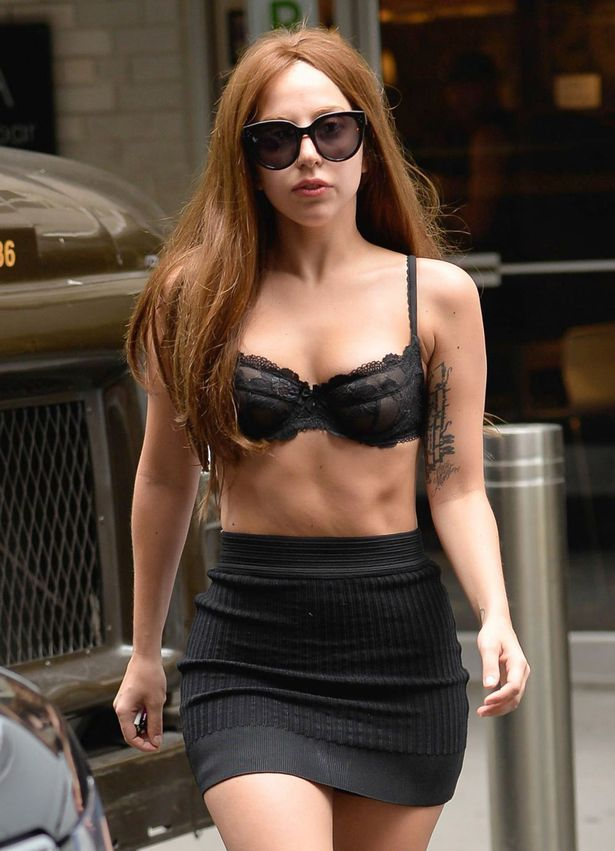 Lady-Gaga-out-and-about-2046738