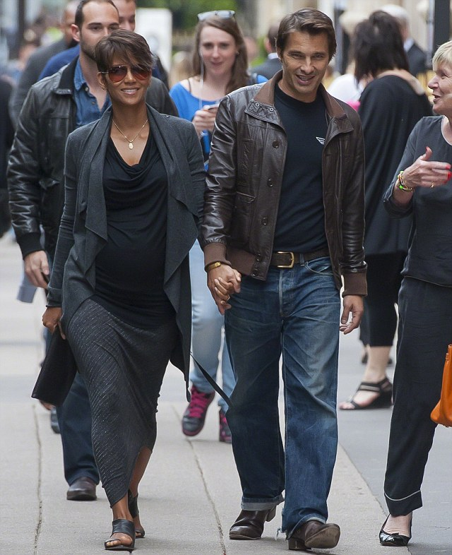 Halle Berry and Olivier Martinez stroll Paris