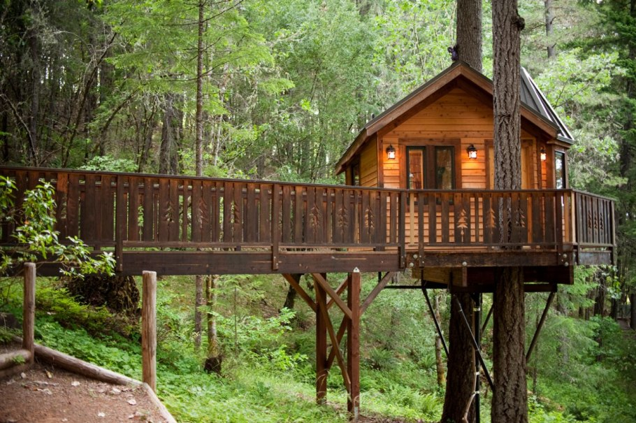 photos-luxury-tree-houses-airbnb.sw.22.airbnb-tree-houses-ss17