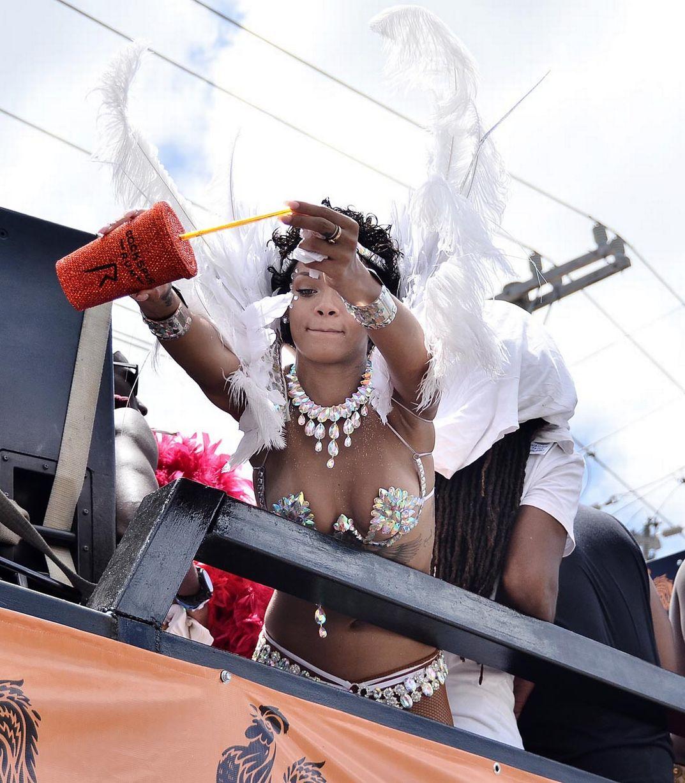 Rihanna-2129861
