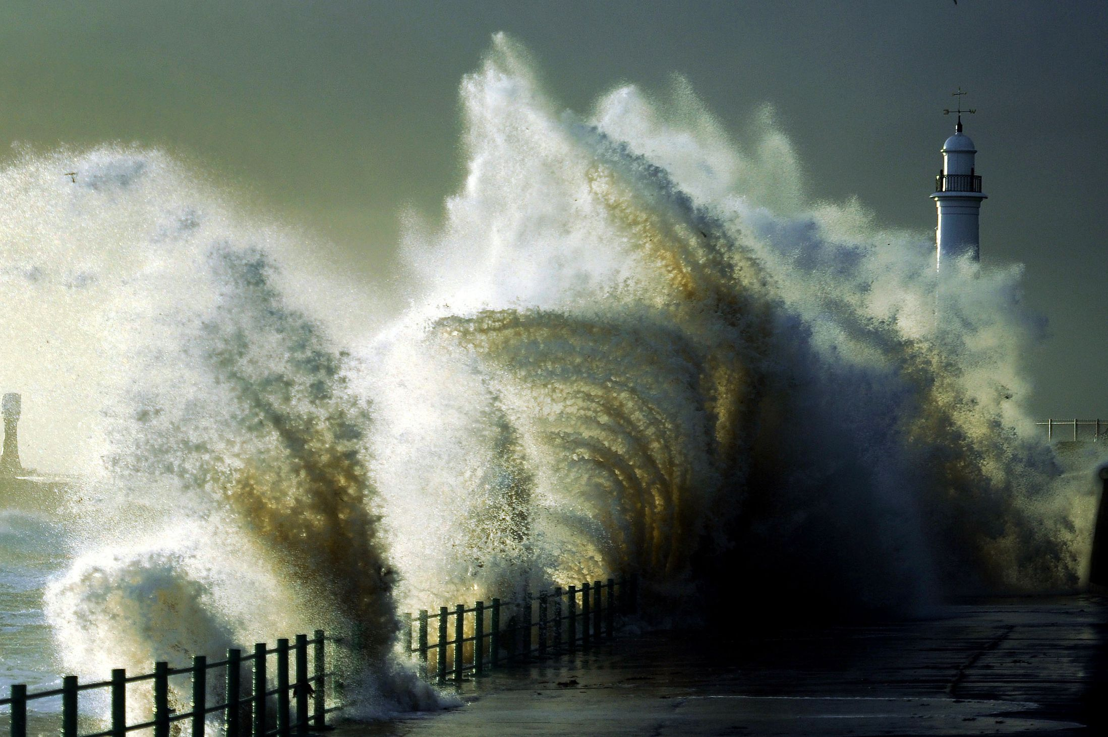 Strong-winds-whip-up-huge-waves-battering-the-coast-at-Seaburn-near-Sunderland-10th-October-2641144