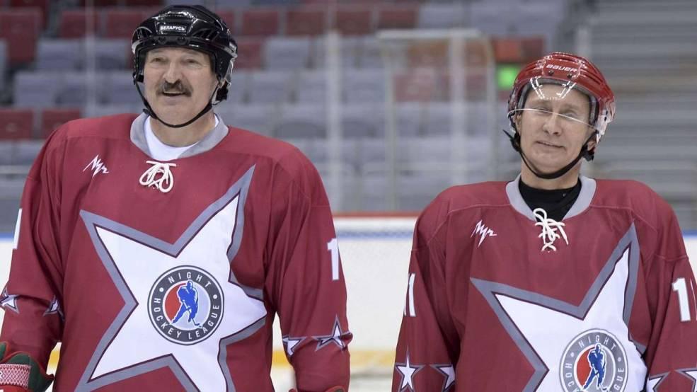 Beyaz Rusya Başkanı (solda) Rusya Devlet Başkanı (sağda)