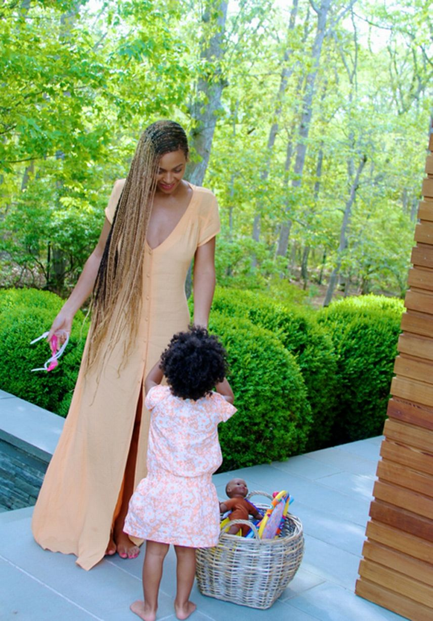 Beyonces-family-album-10