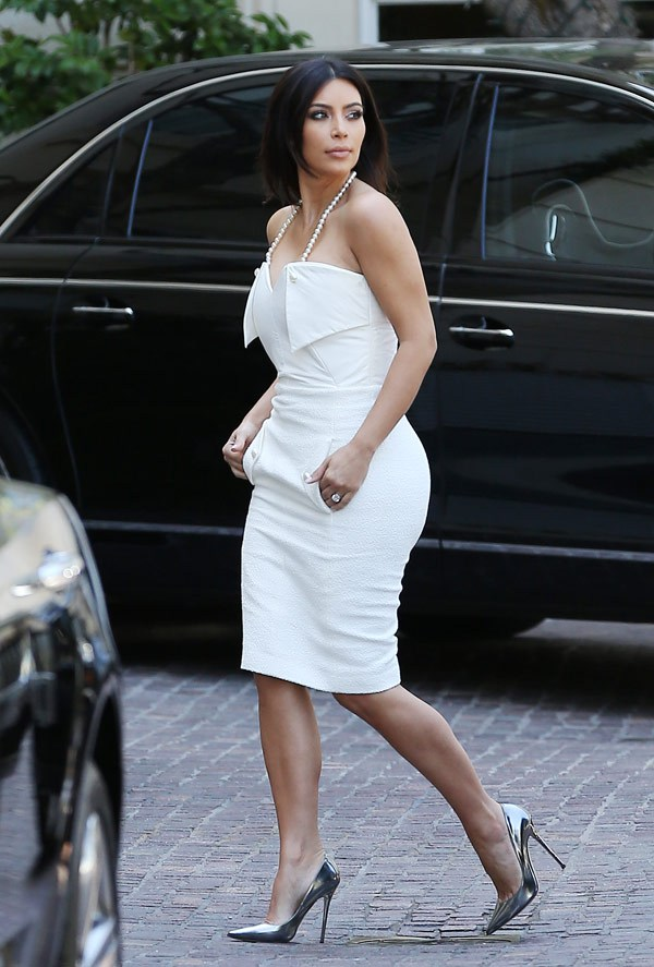 kim-kardashian-bridal-shower-spl-1