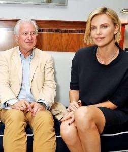 Charlize Theron ve BILD muhabiri Norbert Körzdörfer