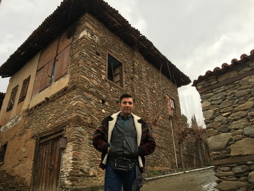 Murat Turak, 110 bin liraya aldığı bu tarihi evi restore edip pansiyon yapacak.