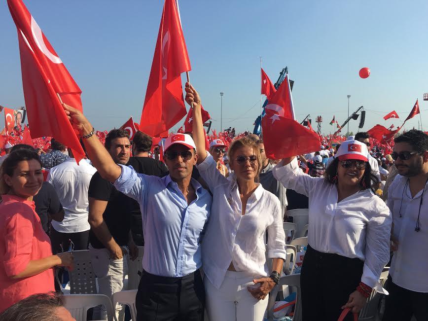 AYLA ÇELİK, MUSTAFA SANDAL, GÜLBEN ERGEN, NÜKHET DURU...